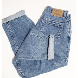 3/$30 vintage London jeans high rise mom jeans